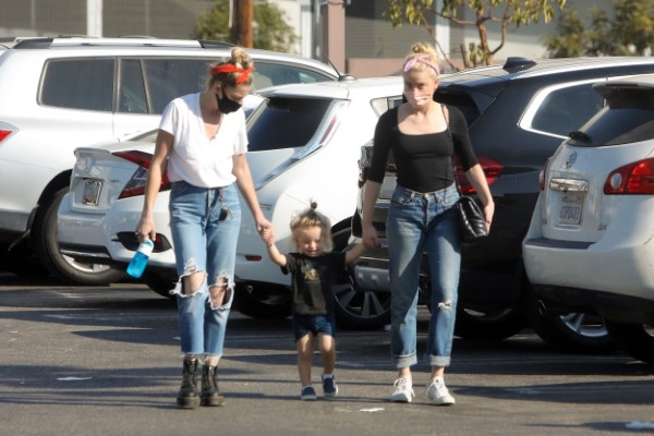 Amber Heard seen out and about in Los Angeles California