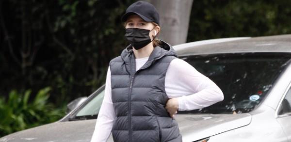 Katherine Schwarzenegger Goes for a brisk walk in Santa Monica