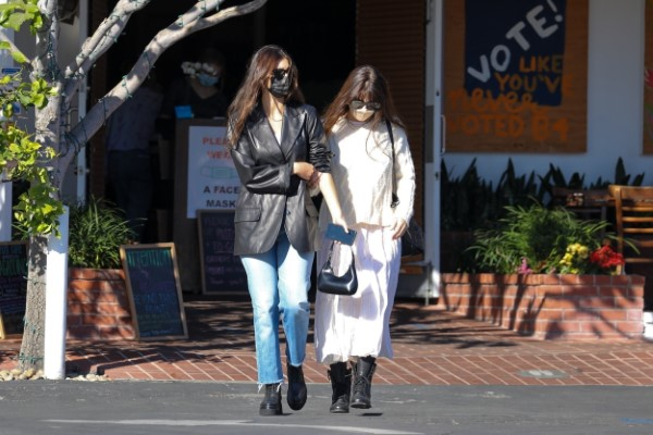 Camila Morrone has lunch with her mother at Mauros cafe in West Hollywood