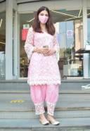 South Actress Mehreen Pirzada Spotted At Juhu HD Photos 13