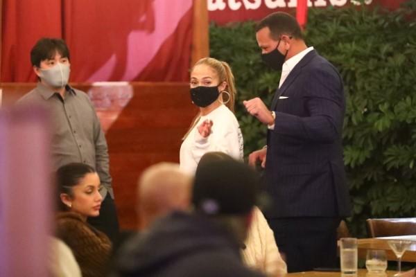 Alex Rodriguez and Jennifer Lopez make an exit after dinner