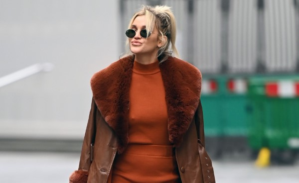 Ashley Roberts Pokies Pictured at the Heart Radio Studios