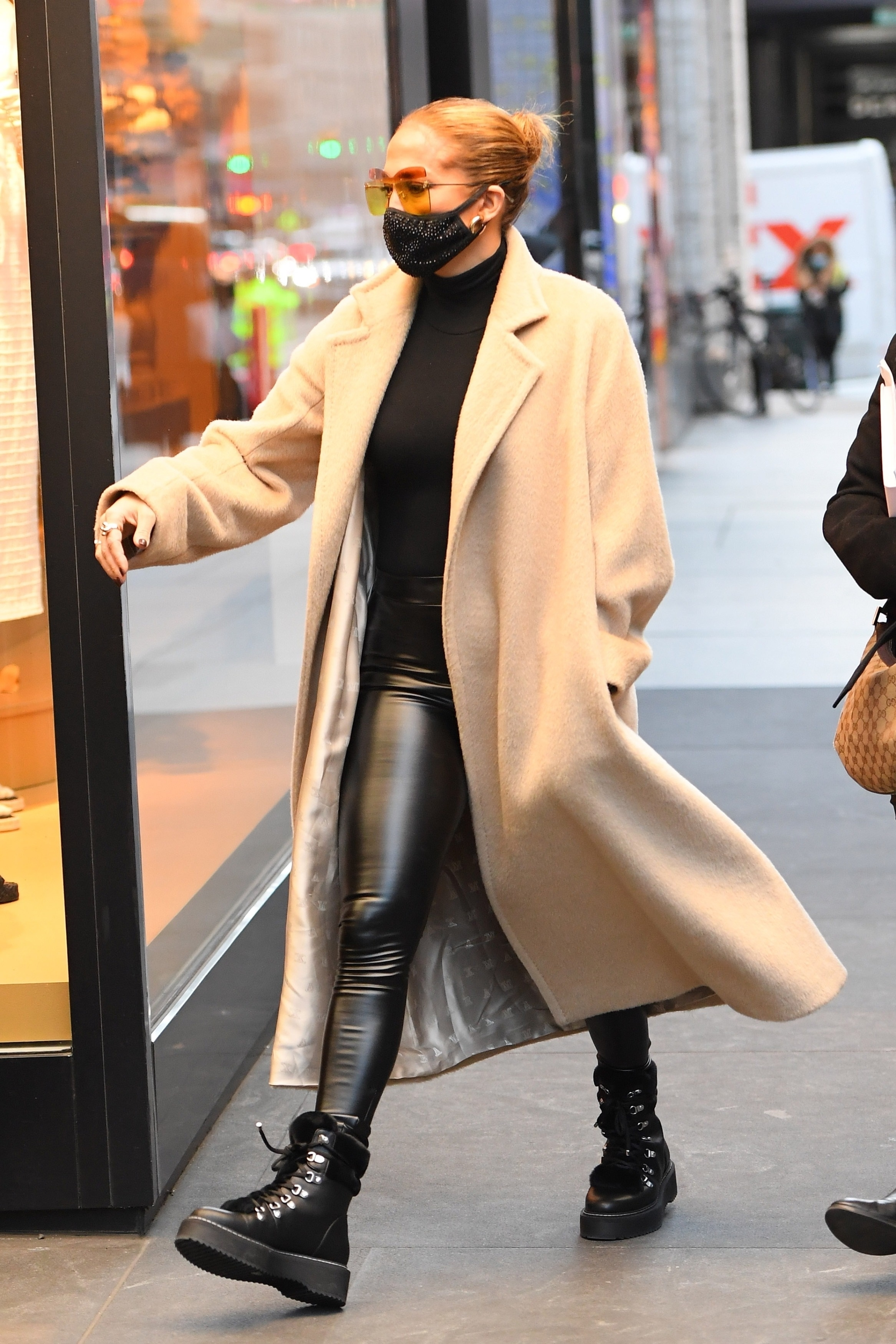 Jennifer Lopez - seen shopping at the Dior boutique in New York