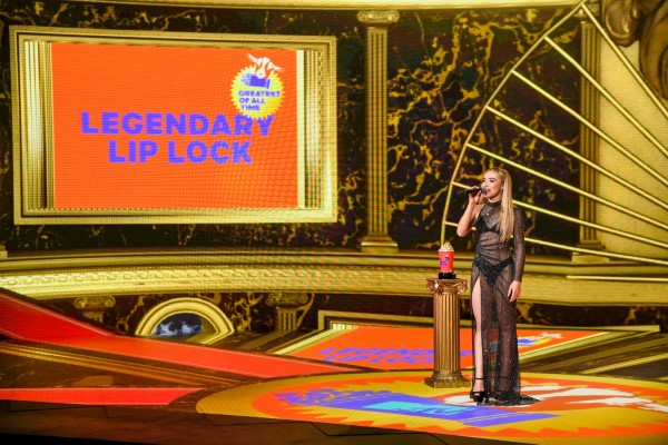 Sabrina Carpenter 2020 MTV Movie and TV Awards