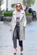 Ashley Roberts Seen leaving Global Studios