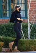 Hailey BaldwinBieber and Kendall Jenner head for a workout session 13