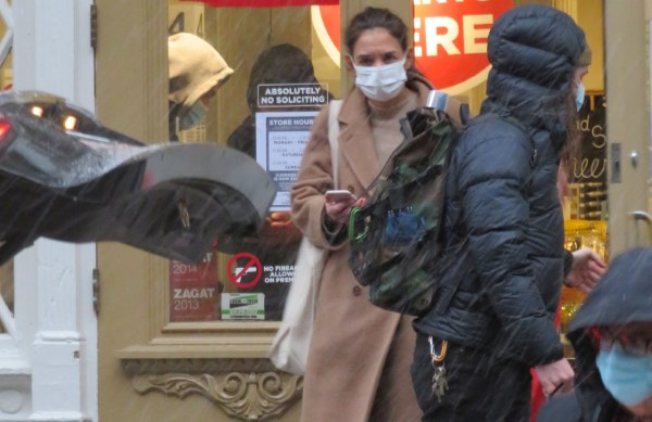 Katie Holmes Stops by Blick Art store
