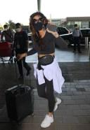 Aakanksha Singh Spotted At Airport Departure HD PHOTO