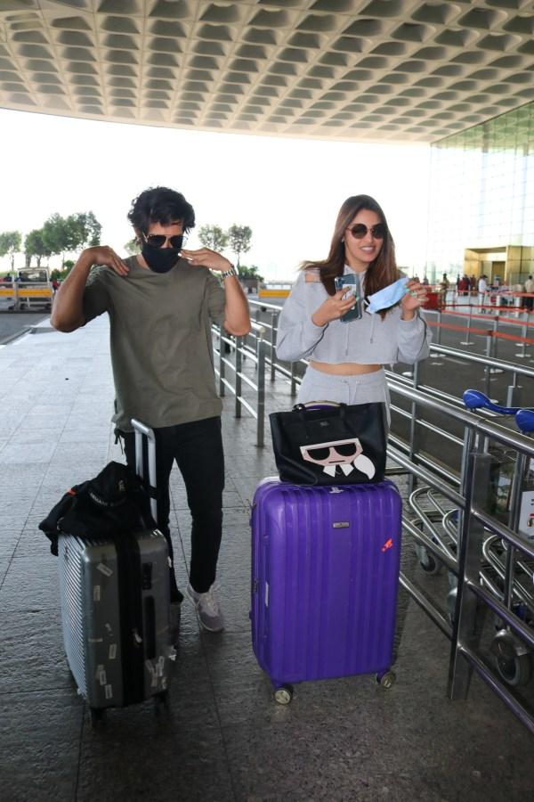 Aditya Seal & Anushka Ranjan Spotted At Airport Departure PHOTO HD