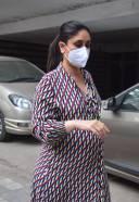 Kareena Kapoor Spotted At Khar HD Photos 3