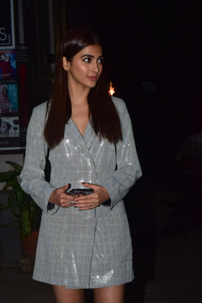 Hot Photos at Bandra