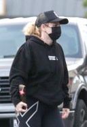 Rebel Wilson Stops by Gelsons to pick up a few essentials while out running errands in Los Feliz 3
