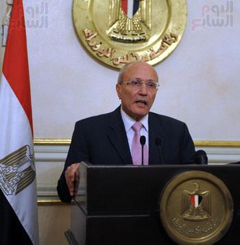 محمد العصار وزير الانتاج الحربى (3)