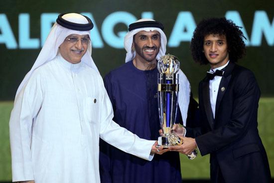 الإماراتى عمورى أفضل لاعب آسيوى 2016
