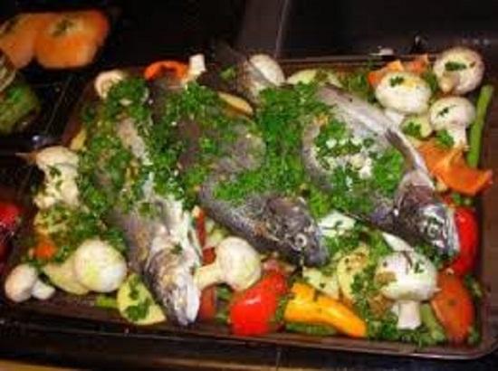 السمك مع البقدونس والتتبيلة