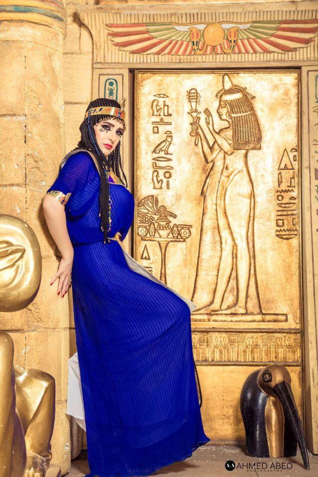 ميرنا وليد فى زى فرعونى