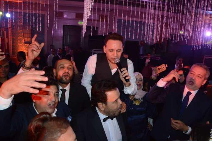 Khaled Ajaj viert het huwelijk van zijn dochter Mary te midden van de sterren (1)