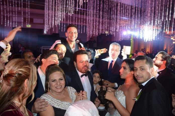 Khaled Ajaj viert het huwelijk van zijn dochter Mary te midden van de sterren (3)