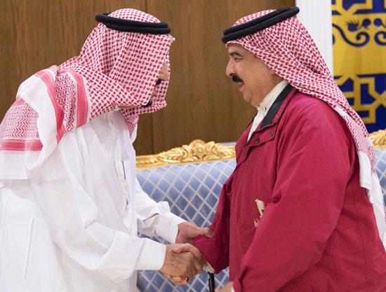 العاهل السعودى فى استقبال ملك البحرين