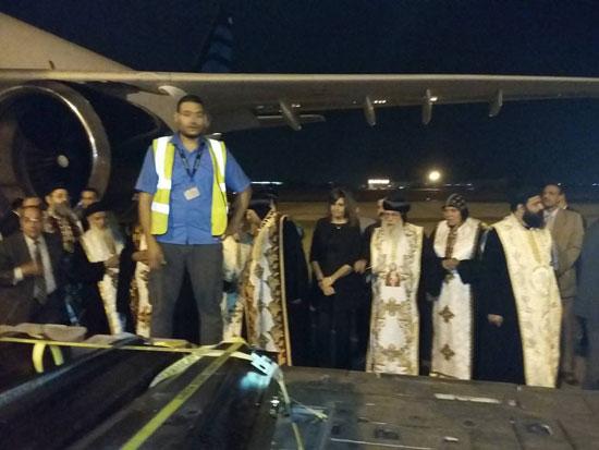 رفات الأقباط المصريين ضحية مذبحة سرت الليبية (5)