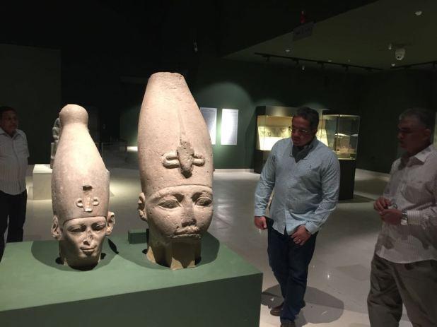 وزير الآثار يتابع أعمال متحف سوهاج لقرب افتتاحه (9)