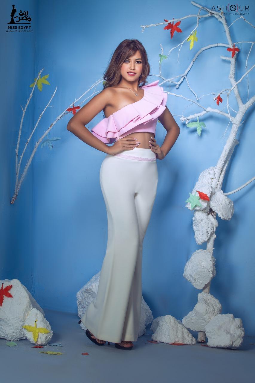 أول جلسة تصوير لمتسابقات Miss egypt (17)