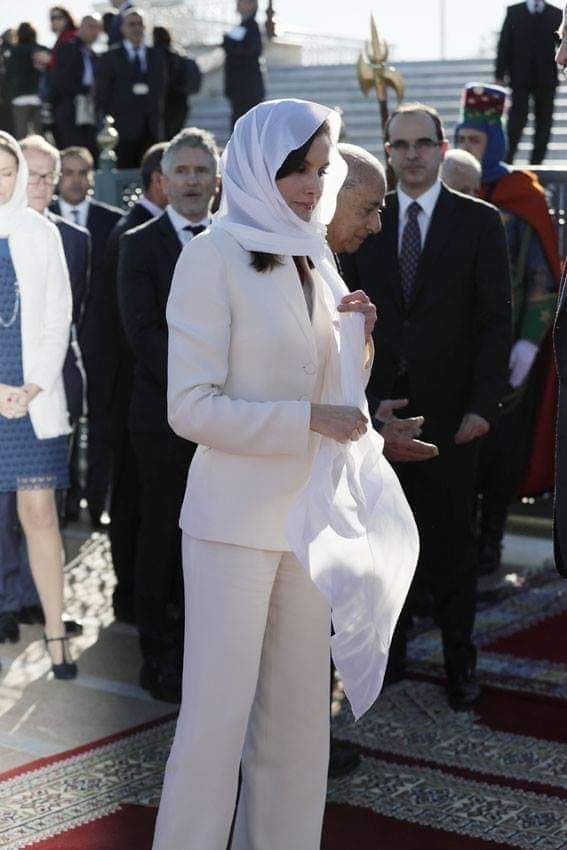 ملكة أسبانيا ترتدى الحجاب