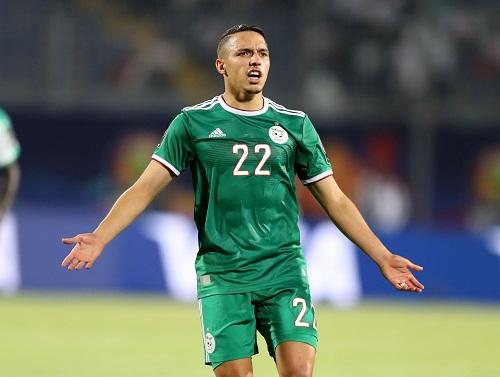 فيديو وصور قصة لاعب مغربي عصا والده وانضم للجزائر ليتوج