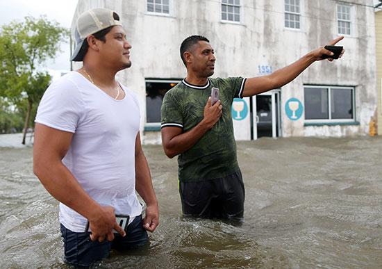 الإعصار بارى يضرب نيو أورليانز الأمريكية (4)