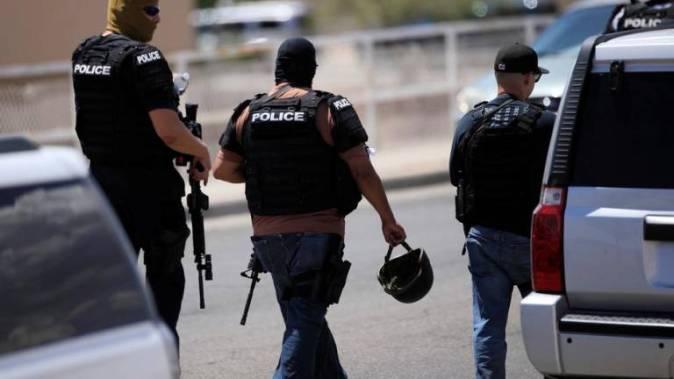 الشرطة فى موقع الحادث