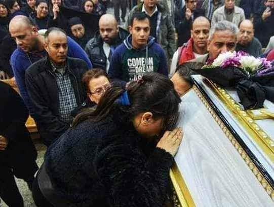 Funeral of the bride of paradise Dr. Samah Nabil Shahida Microbus Doctors of Menia (4)