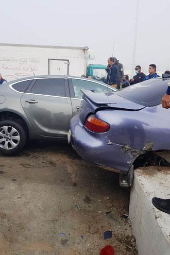 إصابة-3-فى-تصادم-5-سيارات-بطريق-الإسماعيلية-الصحراوى-بسبب-الشبورة-(5)