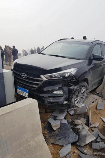 إصابة-3-فى-تصادم-5-سيارات-بطريق-الإسماعيلية-الصحراوى-بسبب-الشبورة-(1)