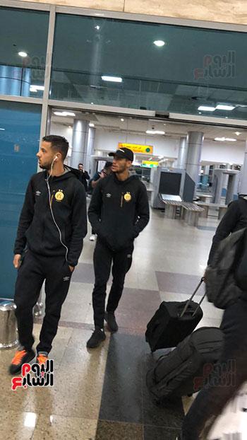 Tunisian Esperance arrives in Cairo (16)