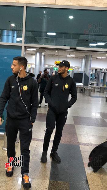 Tunisian Esperance arrives in Cairo (14)