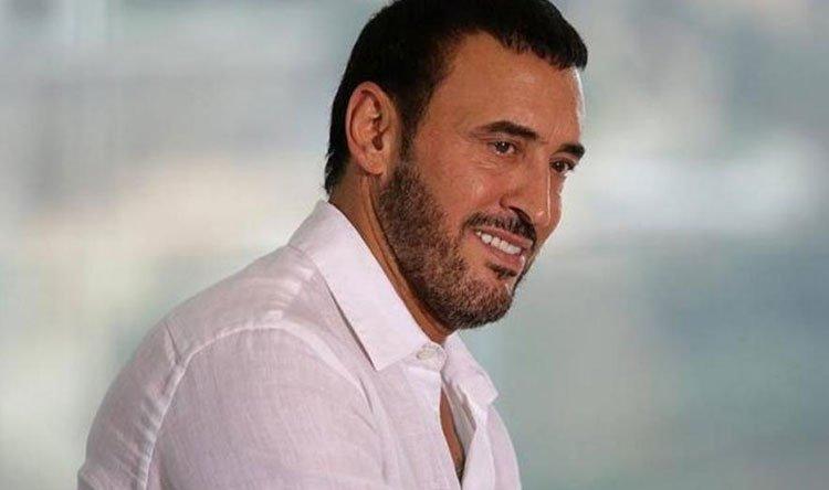The artist Kazem El-Saher.