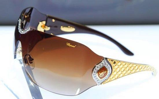 Sunglasses, $ 408,400