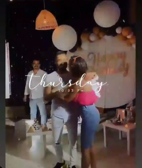Tamer Hosni celebrates his birthday with his wife Basma Bousil with family and friends (8)