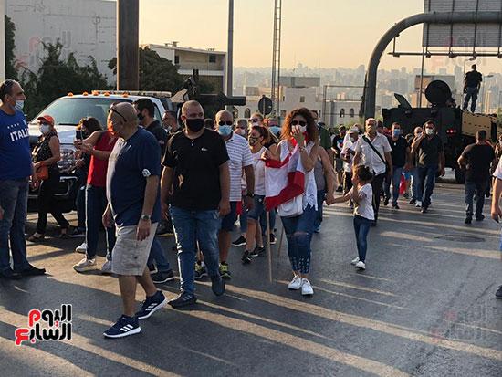 تظاهرات دعما للرئيس اللبنانى فى بيروت (2)