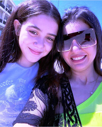 Dina Fouad and her daughter Zeina (3)