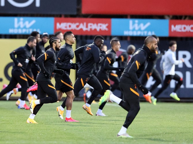Mustafa in group exercises