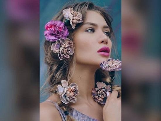 مشابك الشعر من الزهور