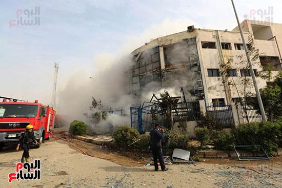 مصنع العبور المحترق (2)