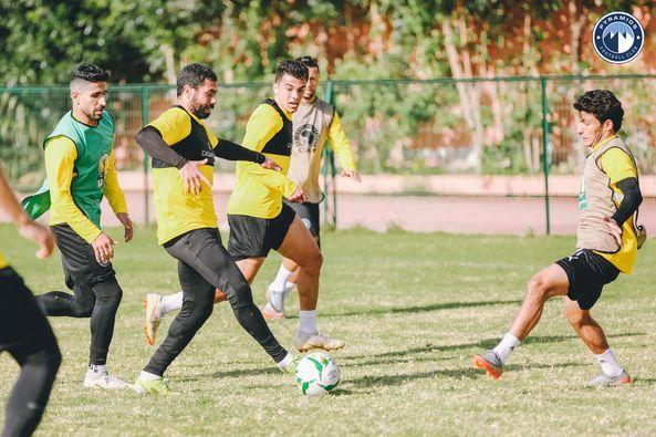 Ahmed Fathy in Pyramids training