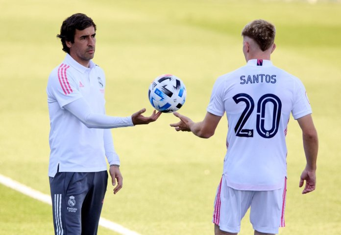 Raul with one of the Castilla players