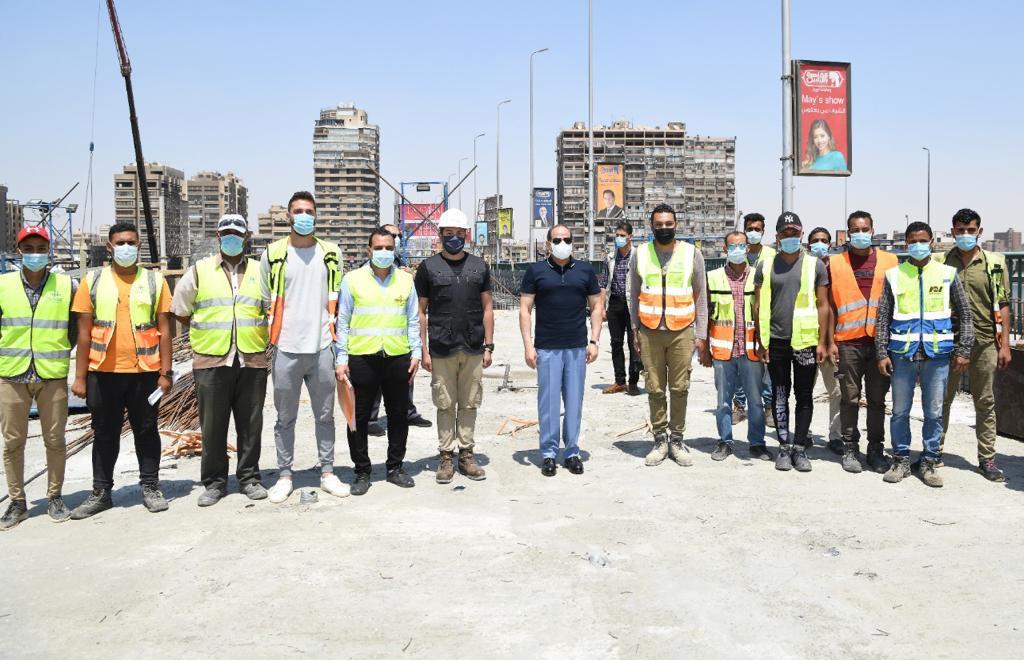 الرئيس السيسى يتفقد أعمال التطوير والصيانة للطريق الدائري (8)