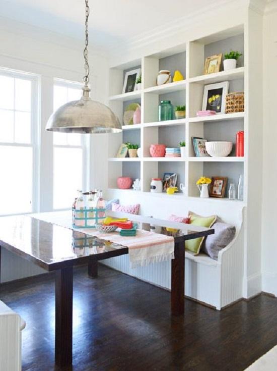 أفكار لديكور غرفة طعام ضيقة المساحة..أرفف ومقاعد