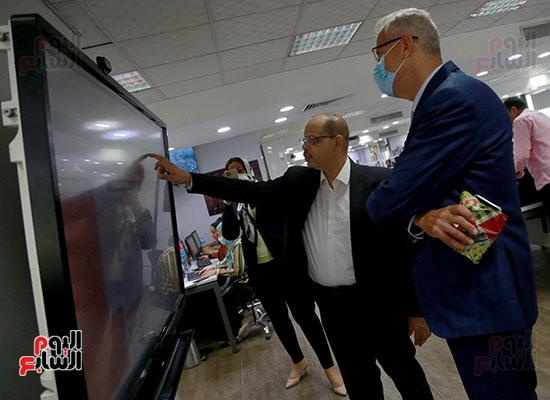 الرئيس التنفيذى لجى بى غبور أوتو فى زيارة لـاليوم السابع (28)