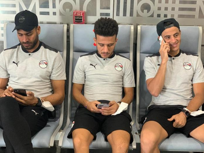 The Egyptian national team arrives at Cairo airport in preparation for travel to Gabon (12)
