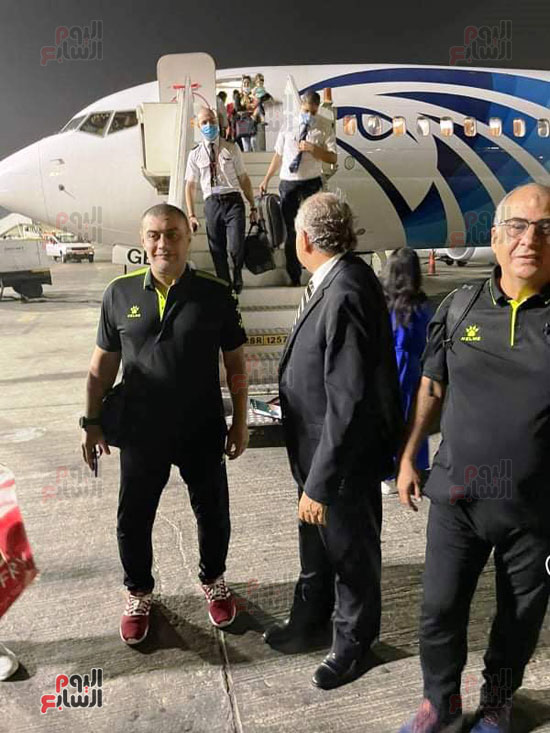 Al-Ahly delegation arrives in Cairo crowned with the title of African Cup Winners (5)